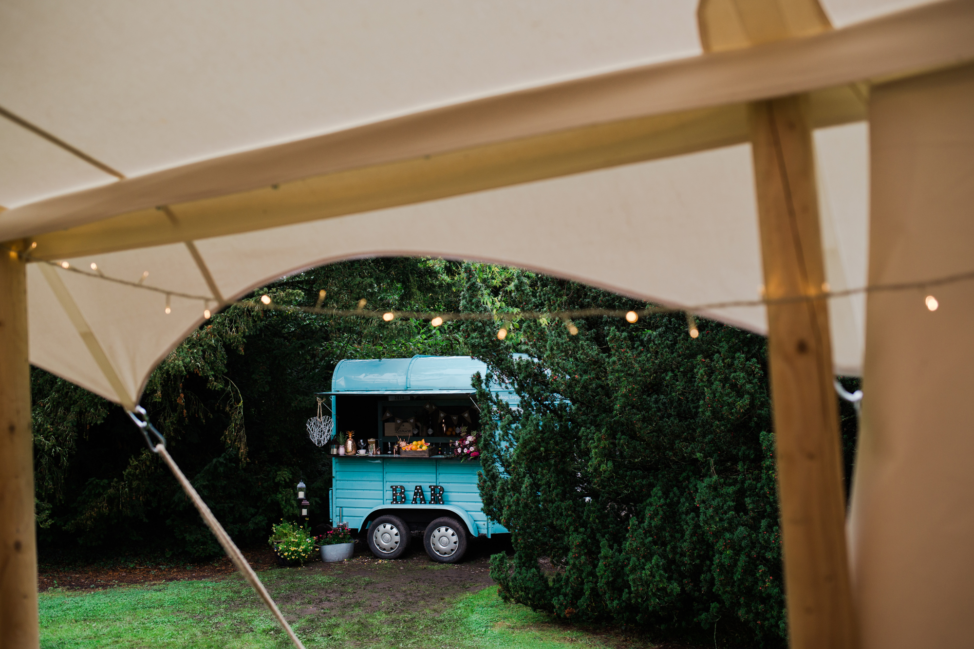Horse box bar in Warwickshire from Savva Bars