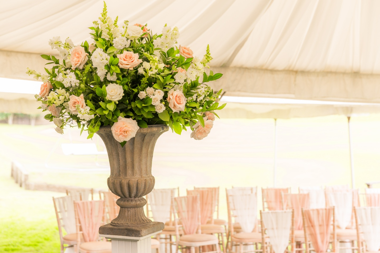 Stunning wedding flowers for the ceremony in the Cotswolds