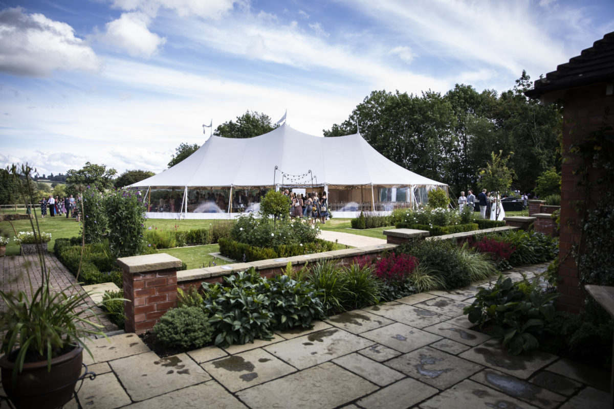 marquee wedding in Cotswolds