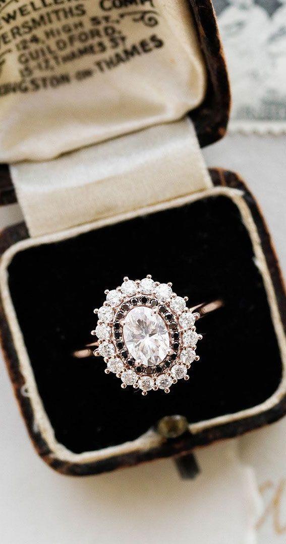 Engagement ring uk wedding planner